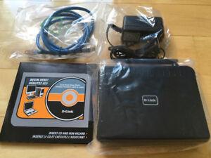 Routeur D-Link avec fil et DVD d'installation parfaite condition