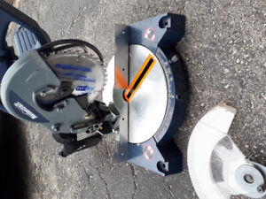 """Mitre saw 8 1/4"""" in working condition."""