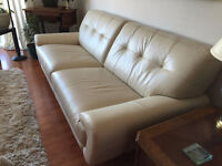 Canapé crème, cuir 3-4 places/Cream leather couch - 3-4 seater