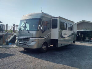 2004 Southwind 32V by Mountain Aire