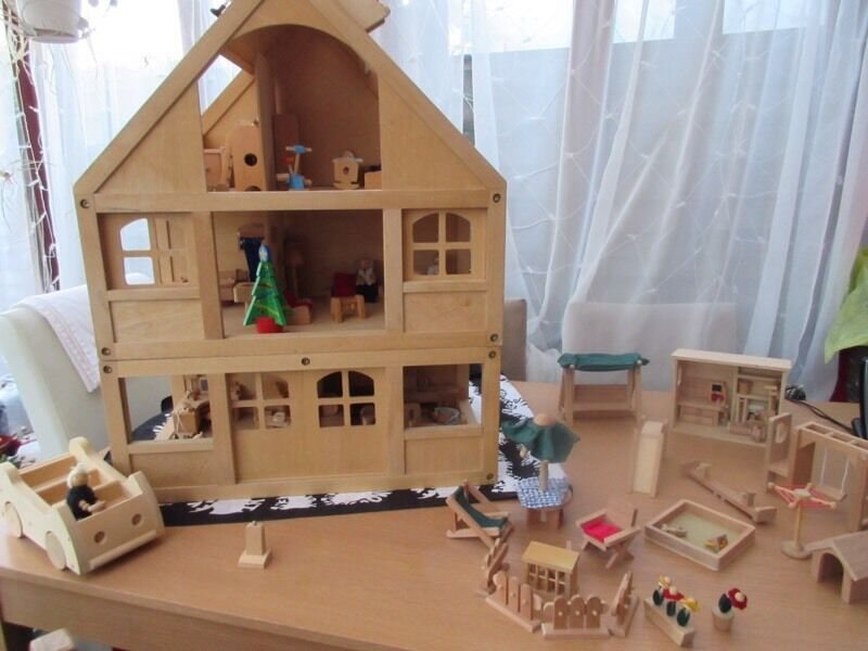Elc Children 39 S Wooden Dolls House 3 Storey Includes