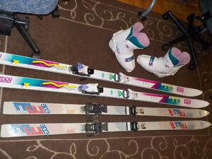 2 paires de skis Élan + 1 paire de bottes Salomon