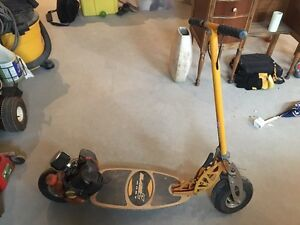 Bladez Moby 35cc scooter / go Ped