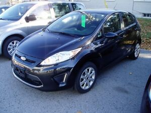 2011 FORD FIESTA SE SPORT BLUE TOOTH/ ALLOYS/ ONE OWNER!!
