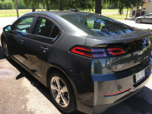 CHEVY VOLT 2015 GRIS ASHEN METALLIC