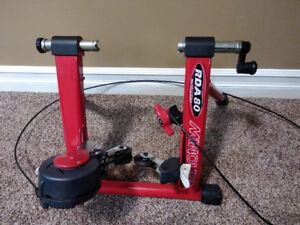 Minoura RDA-80 Bike Trainer
