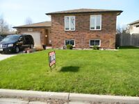 10967 BRENTWOOD CRES. EAST END R-RANCH