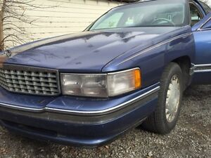 1995 Cadillac Deville 4.9 must sell