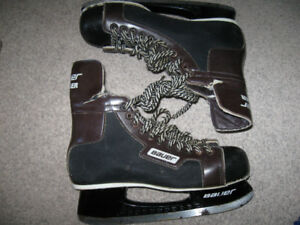 Bauer Hockey Skates-Men's 8 or 9-Used-Fair to good condition