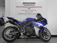 09 REG YAMAHA YZF R1 IN STUNNING BLUE LOADED WITH EXTRAS DO NOT MISS THIS ONE