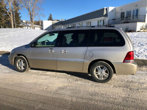 2004 Ford Freestar Limited Excellent Condition. $3000