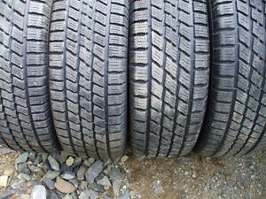 4 pneus hiver 215-65-15 nordic ice-trac