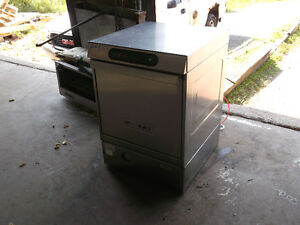 LX30 Dishwasher – Under the Counter,  #519-14