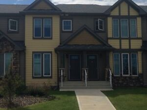 For Rent - Sept 1 - Carleton townhouse, Clearview ridge
