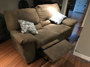Divan inclinable 125,00$