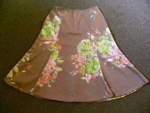Tan and Floral skirt (size 10) Really pretty!