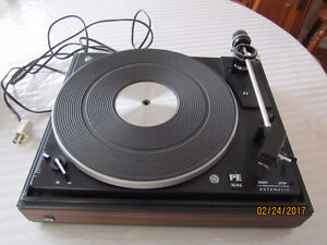 Turntable/ Table tournante