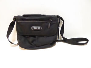 SMALL BLACK CANVAS PURSE BY JAGUAR - NEVER USED/MINT