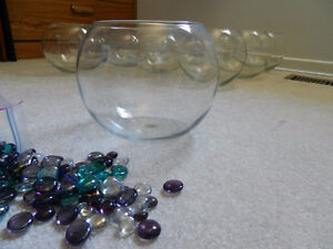 Clear glass bowls. Fishbowl style
