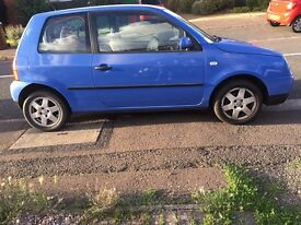 Blue automatic VW Lupo