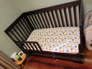 Metro convertible crib from Concord + Simmons mattress
