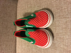 Vans collector's edition strawberry toddler shoes