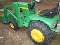 13hp Hydrostatic Garden Tractor