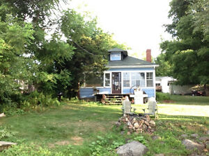Cottage on magnificent St. Lawrence river