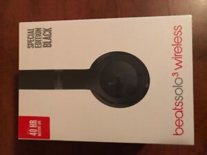 Brand New, Never been opened SOLO 3 BEATS Headphones