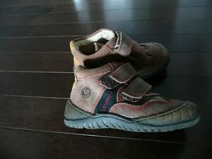 Fisher Price Toddler Shoes, size 6