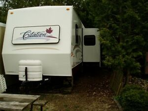 Selling 29' Citation Travel Trailer (A Must Sell)