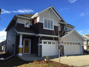 IMMACULATE Upgraded Summerside Duplex For Rent