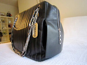 Chanel Black Lambskin Large Mademoiselle Tote Bag North Shore Greater Vancouver Area image 3