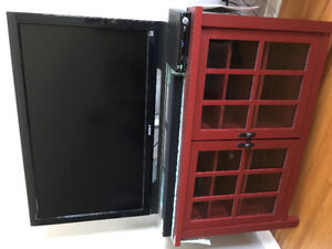 Tv stand + bakers rack