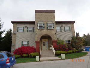 Cozy 2 bedroom in Clinton Stratford Kitchener Area image 1