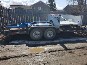 22' trailer with 18×7 deck beaver tail 2 6000 lb axles