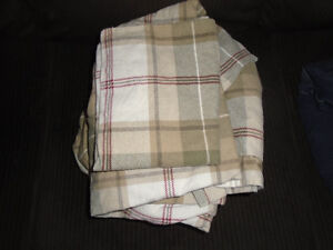 never used twin/single flannel sheet set