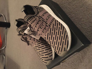 Adidas NMD R2 Olive size 10