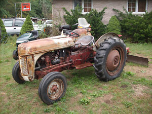 1948 ford 8N Tractor and 6' blade