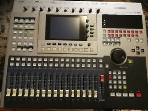 Yamaha AW4416 16 channel recording console