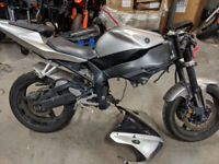 2002 Yamaha R1 for parts  RPM Cycle