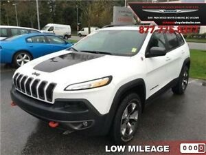 2016 Jeep Cherokee Trailhawk   - Low Mileage