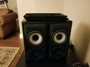 Mission 700 Bookshelf Speakers -Excellent Condition- Audiophile