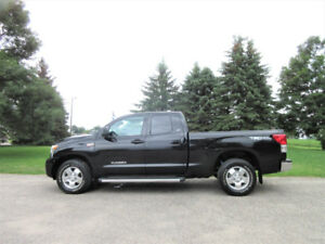 2011 Toyota Tundra SR5 TRD 4WD- 4 BRAND NEW TIRES!! ONLY $18 950
