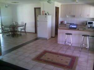 F/F Room $180 P/W Bills Included, Greatorex Rd, Ilparpa Alice Springs Alice Springs Area Preview