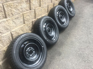 4 pneus d'hiver 205/55r16 Nexen Winguard/ Roues OEM Honda Civic