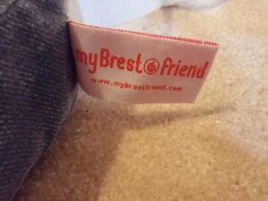 My Brest Friend Nursing Pillow Kingston Kingston Area image 4