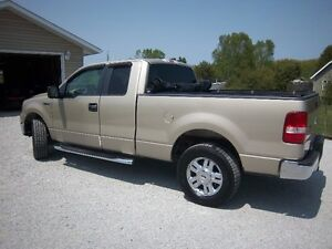 REDUCED - 2007 Ford F-150 XLT Pickup Truck