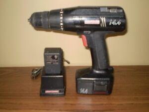 Perceuse rechargeable,  chargeur et batterie 14.4 Volts