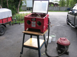 TABLE TOP SANDBLASTING CABINET
